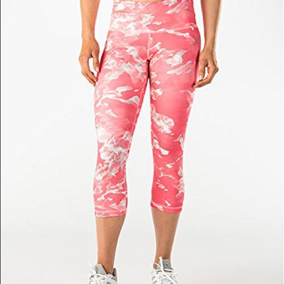 NWT ADIDAS Performance Active Crop Leggings